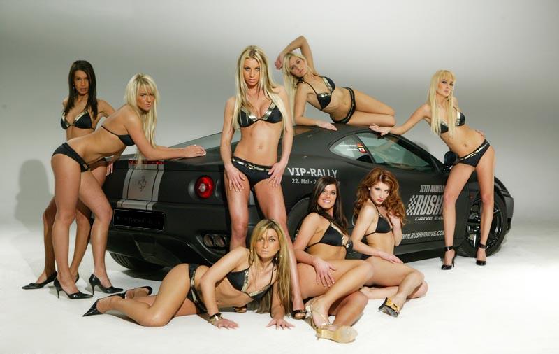 http://www.musclecarbabes.com/ferrari_babe_0009.jpg